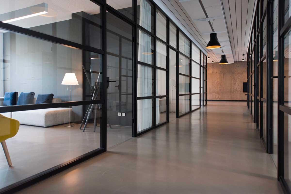 Waarom licht op kantoor zo belangrijk is, wij adviseren.