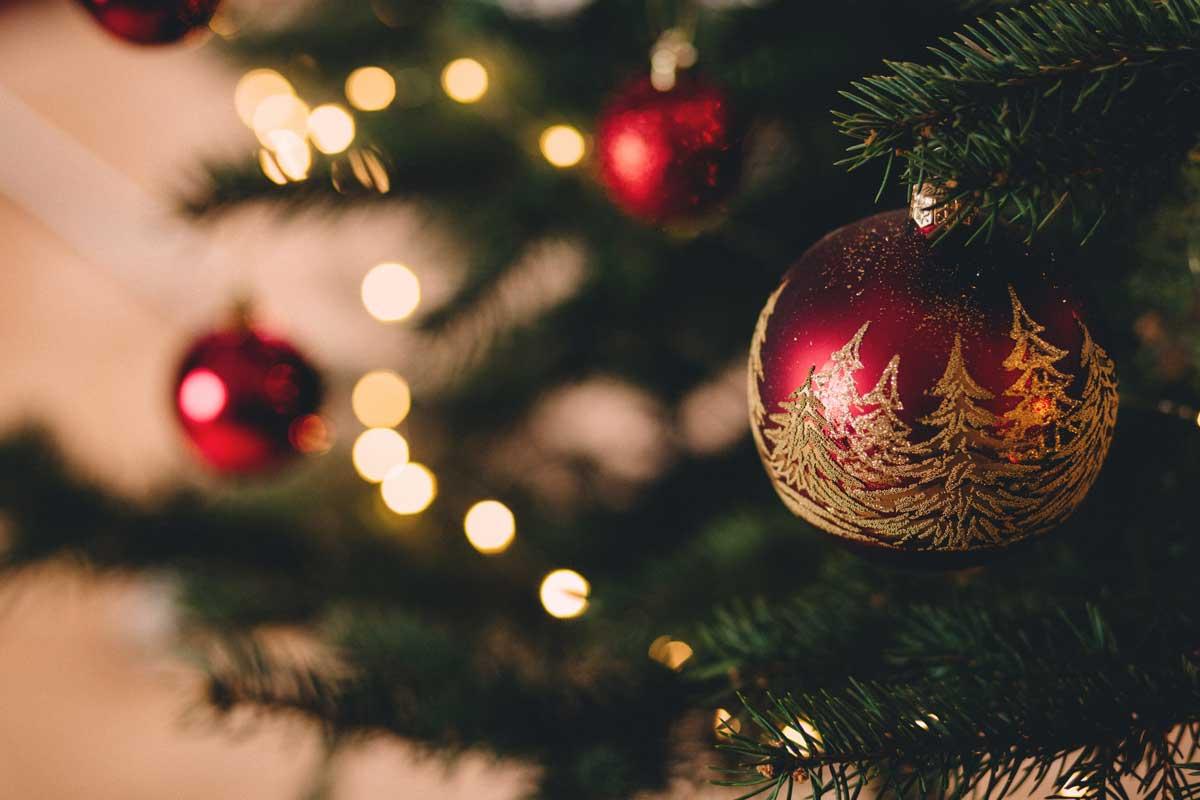 kantoor-versieren-met-kerst-1